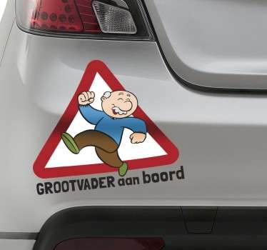 Een leuke en grappige decoratie sticker voor op de wagen! Geef aan met deze leuke sticker dat je opa zich in de auto bevindt.