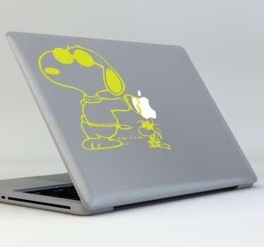 Naklejka na laptop Snoopy okulary