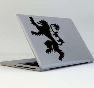 Decora tu ordenador portátil con la pegatina de la Casa Lannister de la serie del momento, Juego de Tronos. Muestra a todos cual es tu casa favorita y tu serie también.