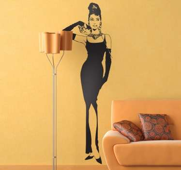 Silhouette wall sticker for lovers of classical cinema, especially for those passionate Audrey Hepburn fans! The American actress featured in movies such as 'Breakfast at Tiffany's'.