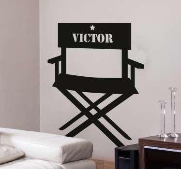Regissørens stol tilpasses klistremerke