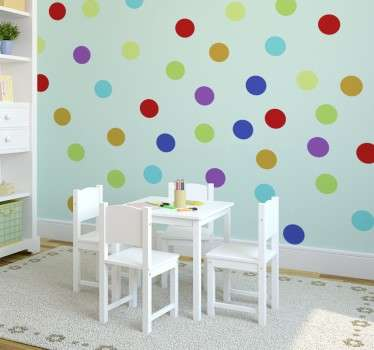 Wall sticker deorativo he raffigura un set di stickers composto da 84 palline colorate.