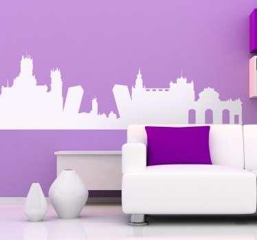 Een decoratieve muursticker dat de skyline weergeeft van de hoofdstad van Spanje, Madrid. Kleur en formaat aanpasbaar. Eenvoudig aan te brengen.