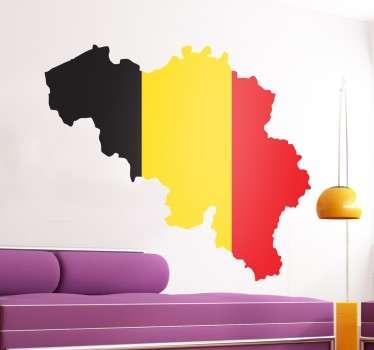 Indrukwekkende muursticker van de Belgische vlag in de vorm van het land. Verkrijgbaar in verschillende afmetingen. 10% korting bij inschrijving.