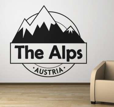 Tolles Wandtattoo der österreichischen Alpen. Abgebildet werden schneebedeckte Berge mit dem Text The Alps - Austria.