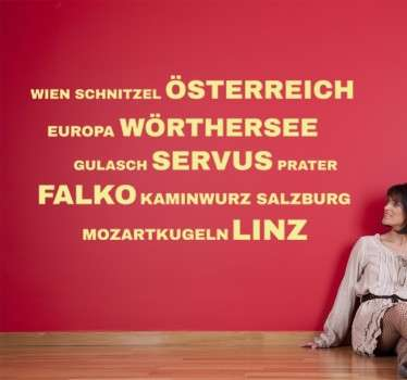Dekoratives Wandtattoo mit vielen deutschen Begriffen zum Thema Österreich.