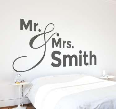 персонализированная наклейка на стену mr & mrs