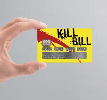 Si lo deseas puedes personalizar tarjeta de crédito con un vinilo que incluye una ilustración de película favorita.