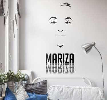 Vinil decorativo de uma das cantoras de Fado mais conhecidas de Portugal e internacionalmente. Adesivo de parede da fadista Mariza.