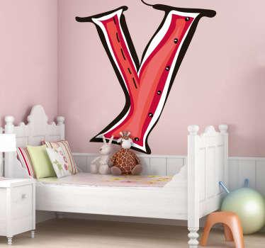 Stickers decorativi che raffigurano le lettere dell'alfabeto. In questo caso, la lettera Y di colore rosso. Ideale per decorare la cameretta dei bimbi