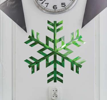 Muursticker smaragden sneeuwvlok, een mooie en kleurrijke wanddecoratie voor op de muur tijdens de feestdagen.
