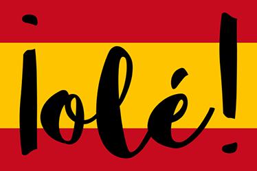 """TenVinilo. Vinilo portátil bandera España Olé. Demuestra tu orgullo patrio sin miedo con una representación de la bandera de España y la popular expresión """"olé"""" impresa sobre la misma."""