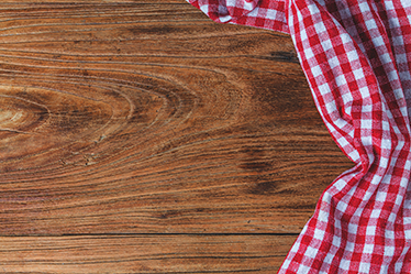 TenVinilo. Pieza vinilo madera mantel. Vinilos Ikea para personalizar de una forma especial y única la mesa de tu cocina, salón o comedor.