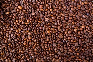 TenStickers. Vinil decorativo grãos de café. Vinil decorativo grõs de café. Renove a decoração do seu café com este vinil autocolante de qualidade e por um preço incrível.