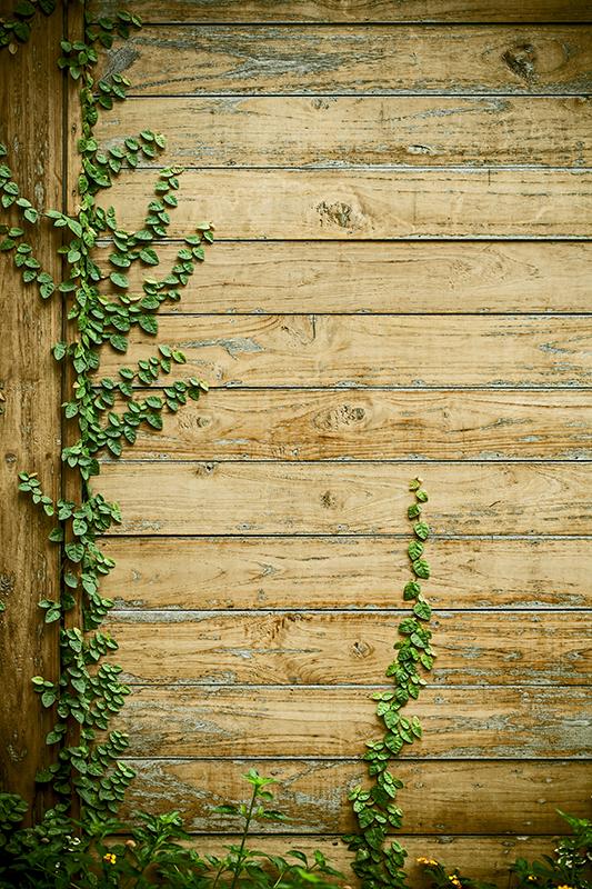 TenStickers. Mülleimer Aufkleber Motiv Holz. Verzieren Sie Ihren Mülleimer mit einem schönen Aufkleber im Holzdesign. Bestimmen Sie Ihre individuelle Größe und dekorieren Sie Ihre Küche.