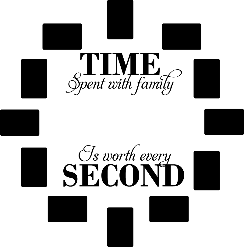 TenStickers. Woonkamer muursticker familie klok. Originele klok muursticker met een tekst over familie, waarbij de cijfers op de klok vervangen worden door fotolijsten. Voordelig personaliseren.
