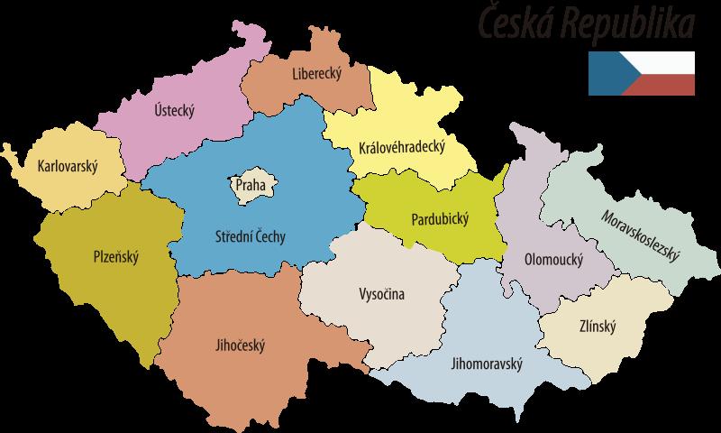 TenStickers. Nálepka umístění české politické mapy. Typografická nálepka na zeď politické mapy cezch republiky, která je plná barev a dokonale se vejde do vašeho obývacího pokoje.