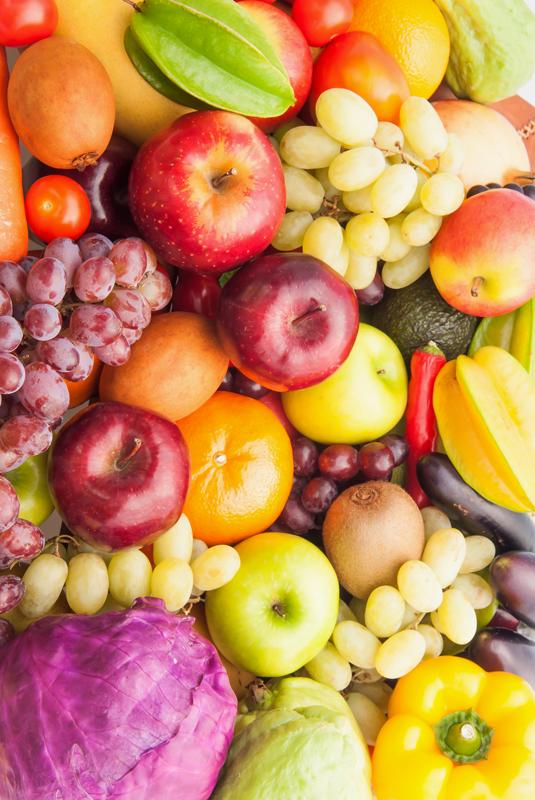 TenStickers. Sadje in stročnice hladilno ovijemo. Nalepka hladilnika na barvnem sadju in stročnicah, ki bo neverjetno videz in občutek na telesu vašega hladilnika. Lahko izberete velikost.