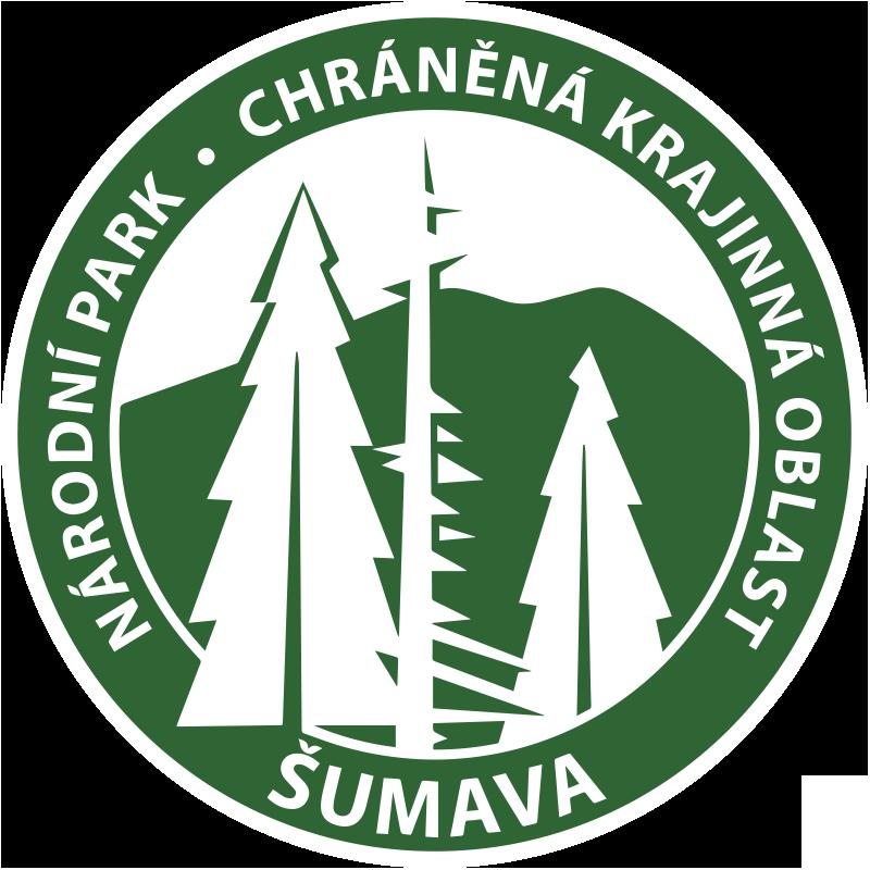 TenStickers. Sumava národní park auto obtisk. Snadno použitelný dekorativní auto vinyl obtisk národní park Šumava vytvořený na pozadí kulatý povrch s jeho hlavní rys.