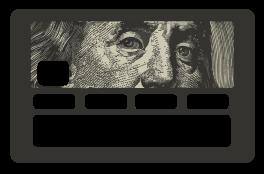 TenStickers. autocolante revelando nota de dólar. Obtenha seu próprio autocolante revelador de nota de dólar para cobrir seu cartão de crédito sem graça e dê a ele aquele novo visual espetacular que ele merece!