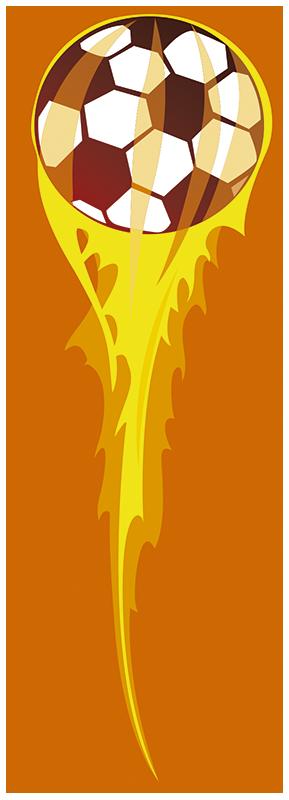TenStickers. Feuer Fußball Aufkleber. Dieses Wandtattoo mit einem Fußball in Flammen ist ideal für alle Fußballfans!Der Ball fliegt durch das Zimmer und zieht eine Flamme hinter sich her.