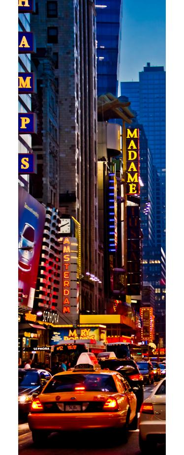 TenStickers. Vinil decorativo frigorífico Times Square. Sinta-se em pleno centro de Manhattan com este vinl decorativo urbano do centro de Nova Iorque para frigorífico. Adesivo autocolante de Times Square.