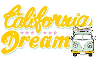 TENSTICKERS. カリフォルニアドリームウォールステッカー. サーフボード付きのレトロなバンを備えた素晴らしい夏の壁ステッカー!