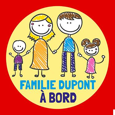 TenStickers. Sticker famille à bord personnalisable. Un sticker famille original et personnalisable selon votre nom de famille pour indiquer aux autres usagers de la route que vous voyagez en famille.