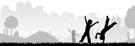 TenStickers. Kinder im Park Aufkleber. Spielende Kinder in einem Park als Wandtattoo. Mit diesem Aufkleber können Sie die Wand im Kinderzimmer dekorieren und zum Hingucker machen.