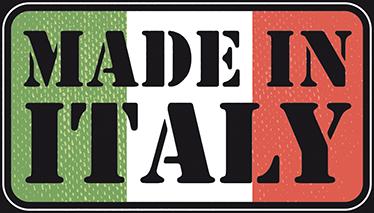 TenStickers. Adesivo  Made in Italy. Adesivo murale che raffigura la scritta Made in Italy con la in sfondo la banderia del nostro bel Paese.
