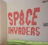 Sticker logo Space Invaders pixels