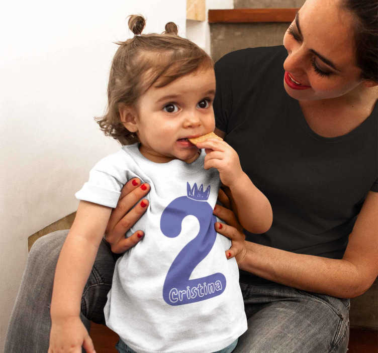 TenStickers. Birthday t-shirt with name and purple number. The baby t-shirt can be personalized with the number you want. Great birthday baby t-shirt for dressing the little ones at home in a special way.