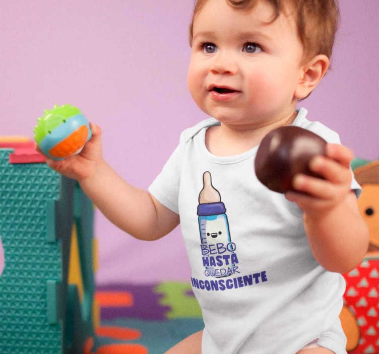 """TenVinilo. Body bebé Bebo hasta quedar Inconsciente. Divertido Body para bebés con el mensaje """"Bebo hasta quedar inconsciente"""", un diseño original para que el más pequeño de la casa vista de una forma estupenda"""