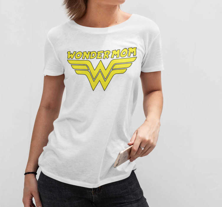 TenStickers. mom wonderwoman Mothers day t shirt. The design is yellow with a black border to emphasize the color. Don't hesitate to buy or give this t-shirt for mothers, to a lucky mom.