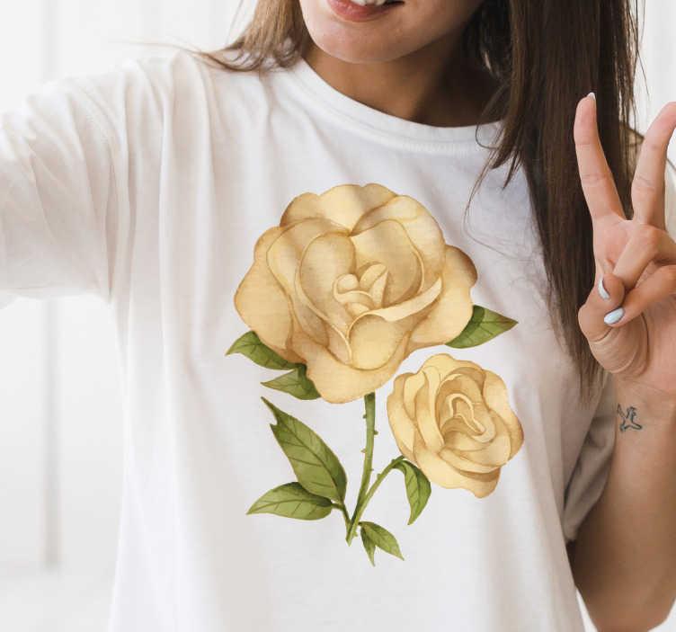 TenVinilo. Camiseta con flor rosa dorada. Muestra tu amor por las flores con esta camiseta floral rosa dorada. Un regalo ideal para la cumpleañera para que su cumpleaños sea aún más especial.