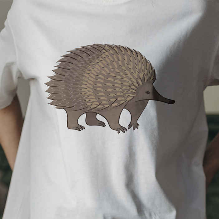 TenStickers. Porcupine and dots t-shirt. Special t-shirt with porcupine design to rock an amazing outfit.  You can choose it in the size you want from among the options we have.