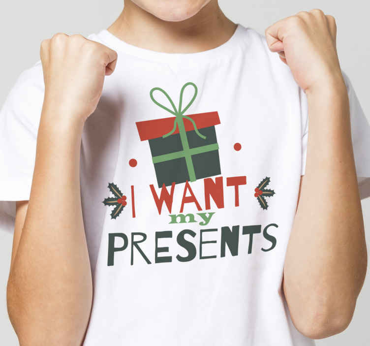 TenStickers. Christmas candy pattern green shirt. Let the kids scream out for their Christmas presents in this cool Christmas t-shirt for kids with  gift box and text ''I want my presents''.