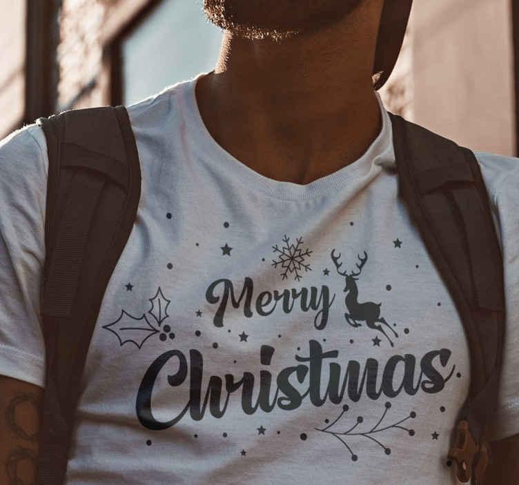 TenStickers. Vidám karácsonyi kompozíció karácsonyi póló. Karácsonyi hópelyhek póló design, amelyet a férfiak viselhetnek. Ez a férfi karácsonyi póló kiváló minőségű anyagból készült és könnyen karbantartható.