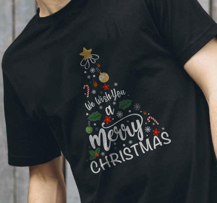 TenStickers. T-shirt Kerstmis Kerstboom vrolijk kerstfeest. Dit kerst-t-shirtontwerp is de perfecte manier om elke ruimte in u slaapkamer, woonkamer of thuiskantoor te versieren! Bestel hem nu!