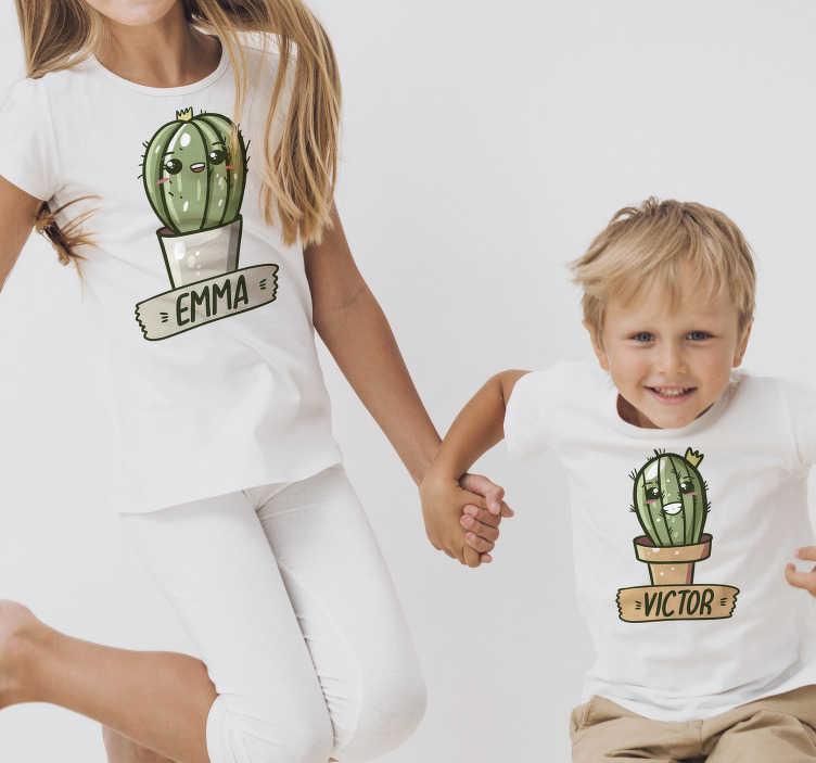 TenVinilo. Camiseta de parejas cactus con nombre. ¡Con este hermoso y único par de divertidas camisetas de pareja de cactus con nombres personalizados sorprenderías a todos!