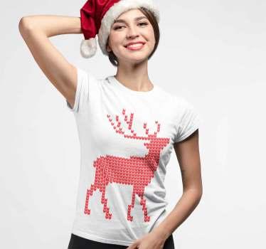 Bonita camiseta navideña de un reno rojo, ideal para vestir durante estos días tan especiales, para llevar a todas las celebraciones, cenas y comidas.