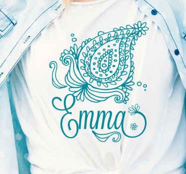 T-shirt personnalisable avec un design paisley élégant et étonnant. Il est disponible en différentes tailles et couleurs. Facile à nettoyer et de bonne qualité.