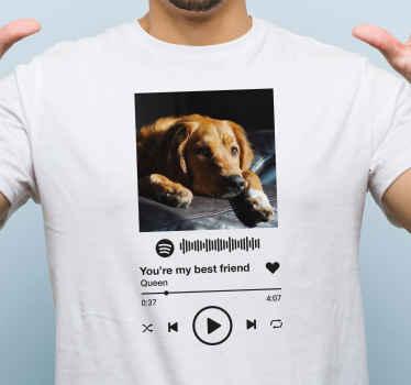 Mutasd meg, mennyire szeretsz zenét lejátszani a spotify-ban és a dalt, amelyet szeretsz játszani, azáltal, hogy megvásárolod a személyre szabott spotify zenei szöveges és képes pólónkat.