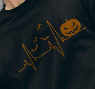 Glad halloween t-shirt til mænd med designet af en pumpende, flyvende flagermus og bølgelinje. Lavet af materiale af høj kvalitet og let at vedligeholde.
