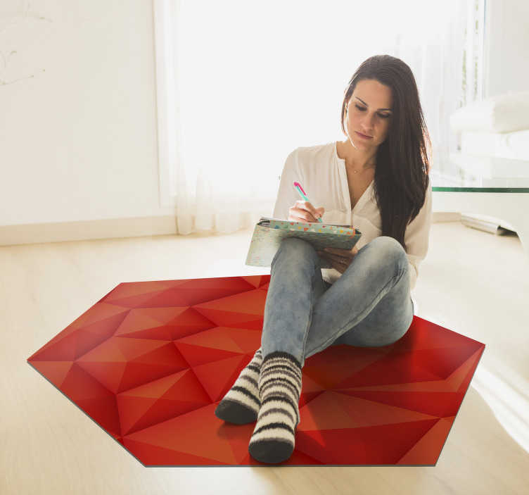 TenStickers. Modern hexagonal red triangle carpet. Modern vinyl carpet with a hexagonal shape and red colour so that you can enjoy a magnificent design in the room of your house!