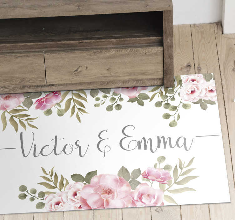 TenStickers. Personnalised floral name vinyl rug. Magnificent vintage vinyl carpet with different colorful flowers that can be part of your decoration for a reasonable price!