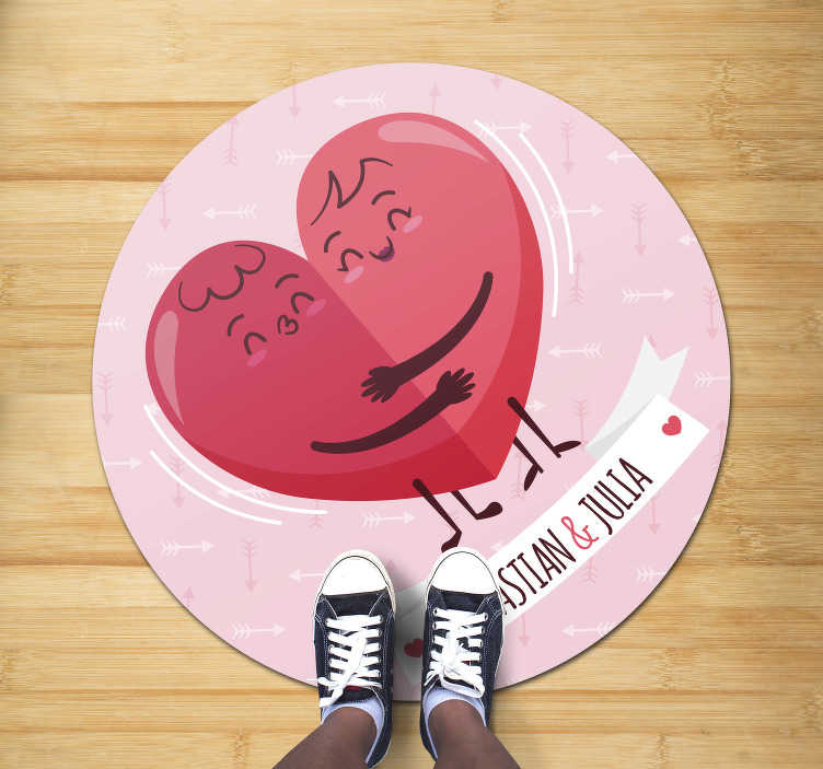 TenStickers. Hugging hearts personalised vinyl rug. Circular vinyl carpet to decorate the floor of your house and give it an exclusive but exotic style! Choose your size and delivery!