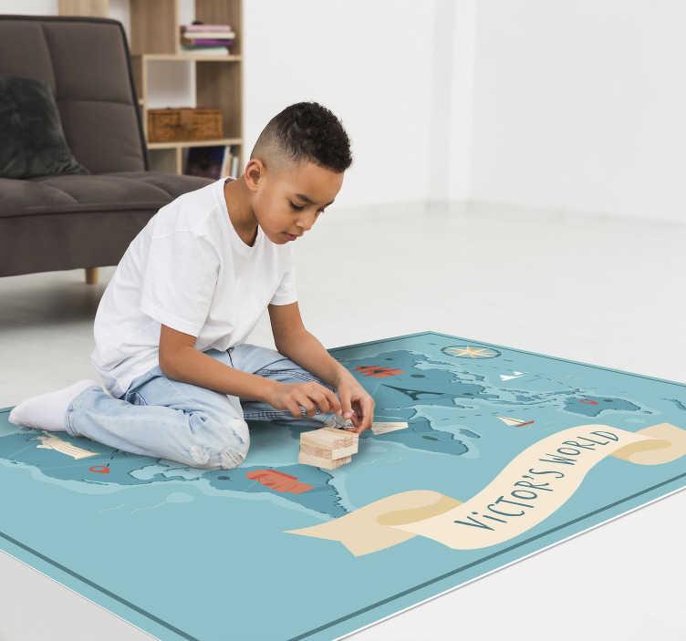 TenStickers. Tapete de vinil infantil mapa mundo com nome. Este engraçado tapete de vinil mapa mundo com nome é a melhor escolha que pode fazer para tornar seus filhos felizes e evitar deixar sua carteira triste.