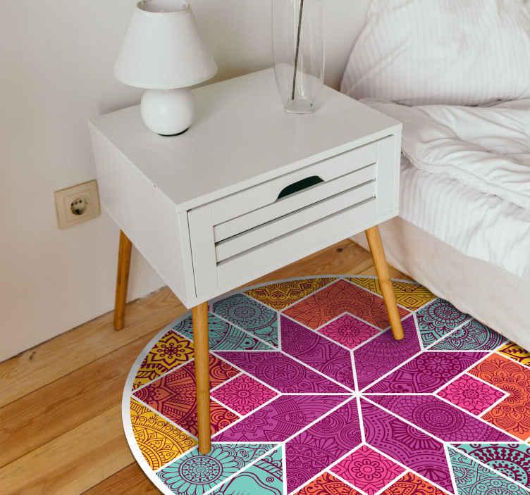 TenStickers. 佩斯利马赛克马赛克乙烯基地毯. 购买佩斯利设计中带有马赛克图案的装饰圆头地毯。它的质量好,易于维护和防滑。