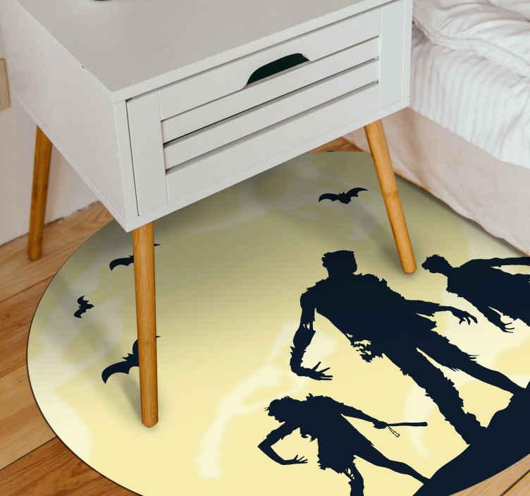 TenStickers. 恐怖僵尸家庭客厅地毯. 万圣节特色圆角乙烯基地毯。您可能会喜欢在您的空间上进行万圣节装饰的设计。